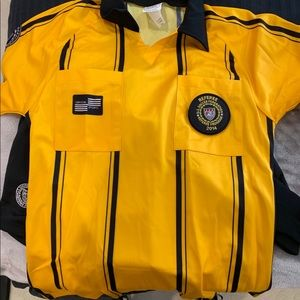Youth L Soccer Referee Uniform +flags +cards